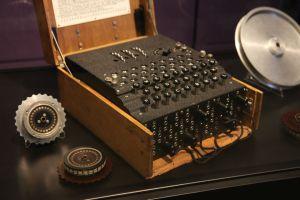 enigma-machine2